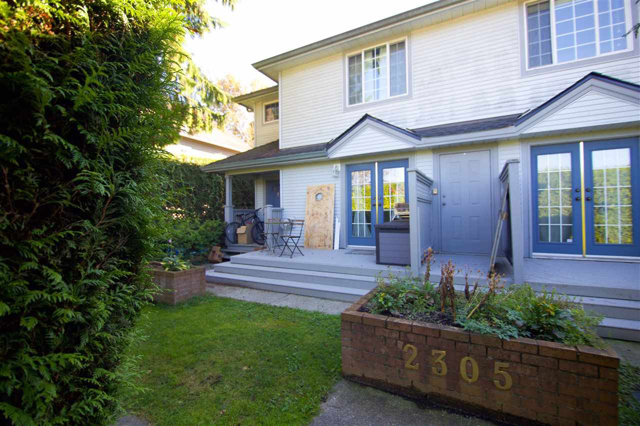 Main Photo: 1 2305 ST JOHNS Street in Port Moody: Port Moody Centre Townhouse for sale : MLS®# R2411727
