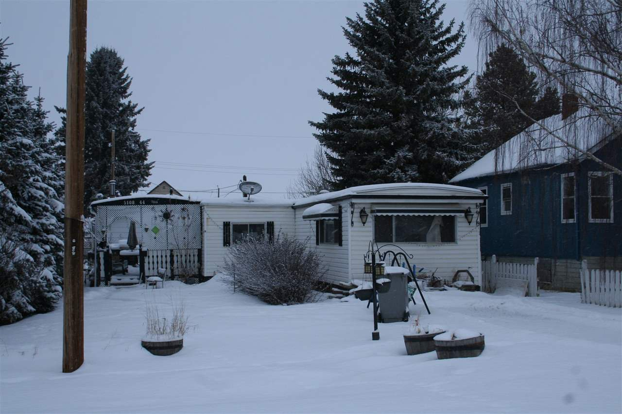Main Photo: 5108 44 Avenue: Calmar Vacant Lot for sale : MLS®# E4188692