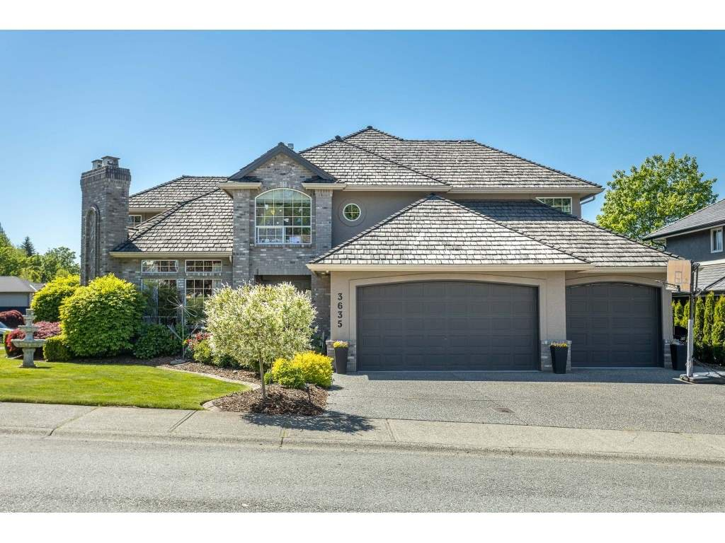 "Main Photo: 3635 COBBLESTONE Drive in Abbotsford: Abbotsford East House for sale in ""CREEKSTONE ON THE PARK"" : MLS®# R2454455"