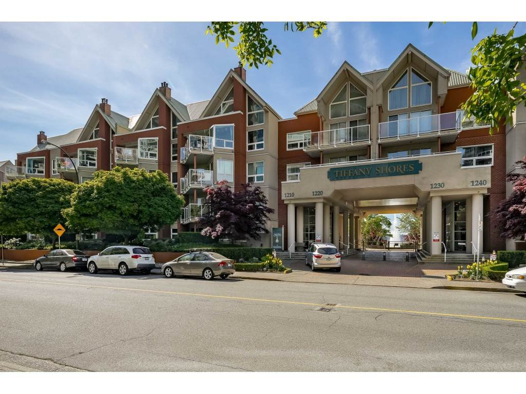 """Main Photo: 107B 1210 QUAYSIDE Drive in New Westminster: Quay Condo for sale in """"Tiffany Shores"""" : MLS®# R2432113"""