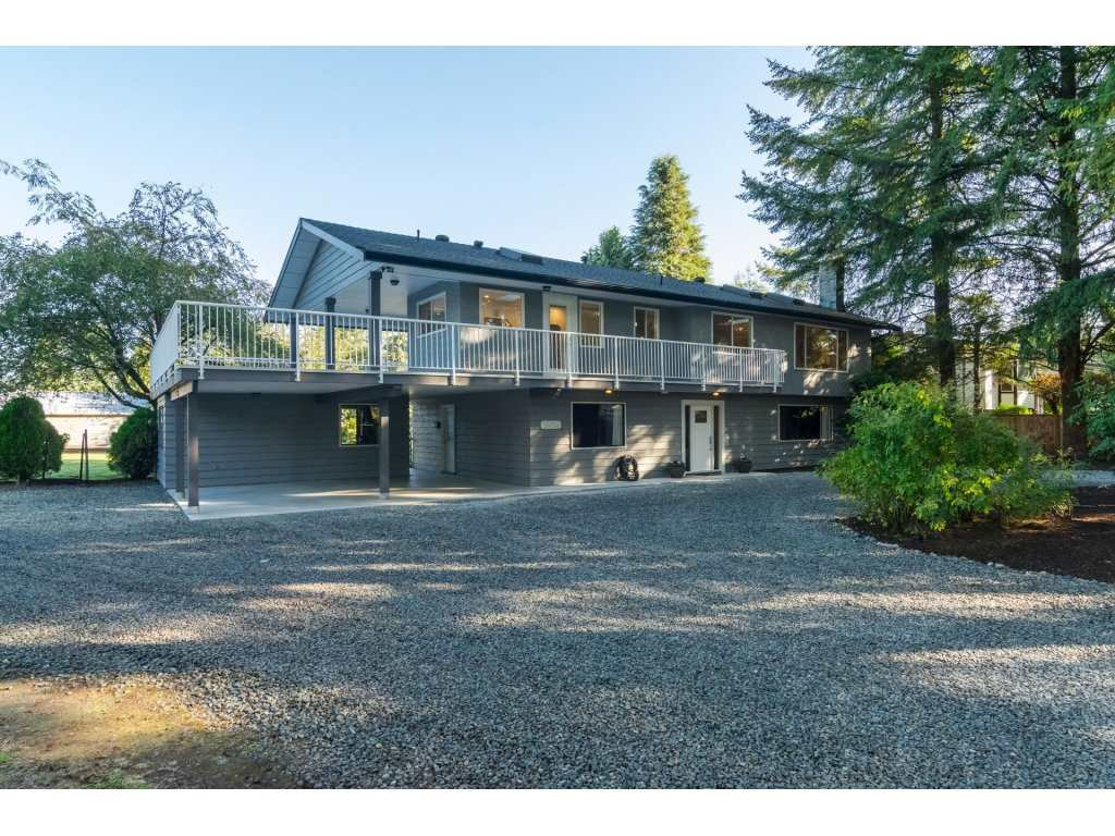 Main Photo: 24061 55 AVENUE in : Salmon River House for sale : MLS®# R2112439
