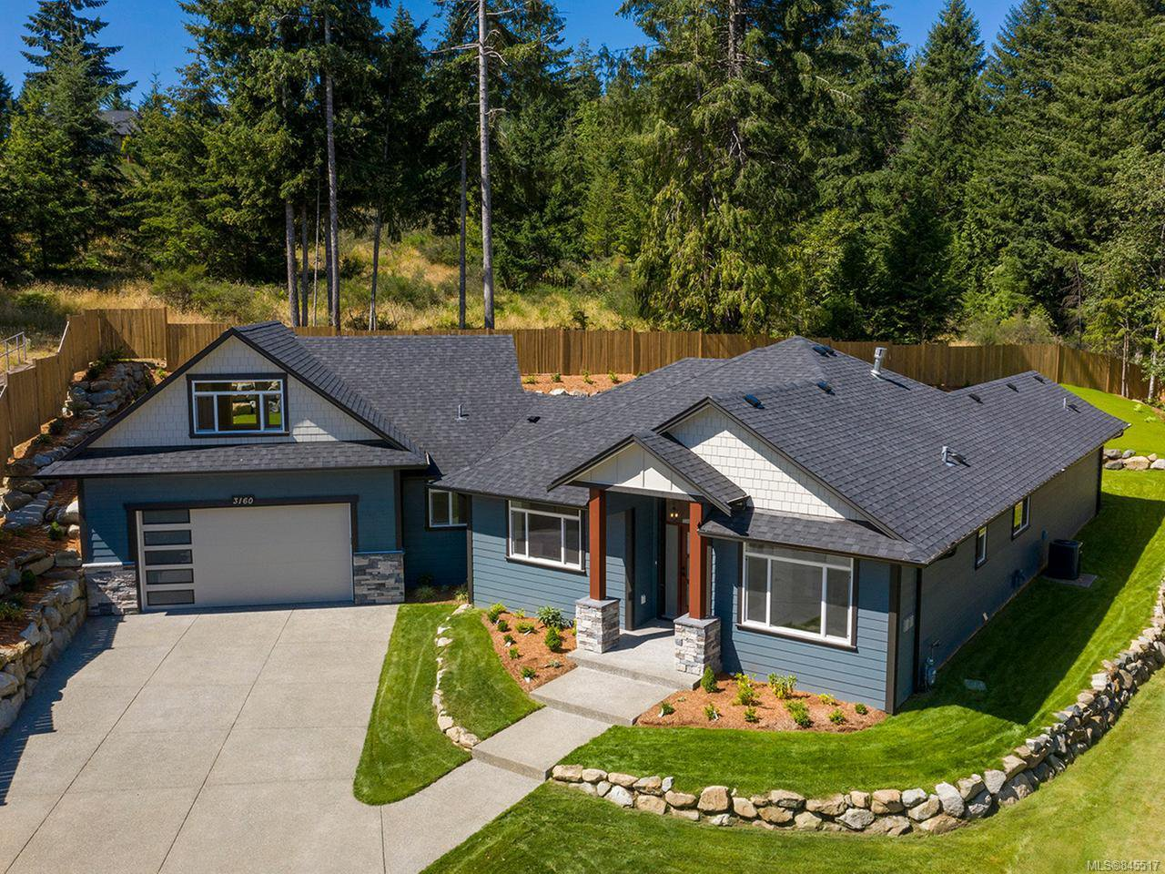 Main Photo: 3160 Klanawa Cres in COURTENAY: CV Courtenay East House for sale (Comox Valley)  : MLS®# 845517