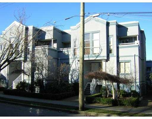 """Main Photo: 19 877 W 7TH AV in Vancouver: Fairview VW Townhouse for sale in """"EMERALD COURT"""" (Vancouver West)  : MLS®# V575221"""