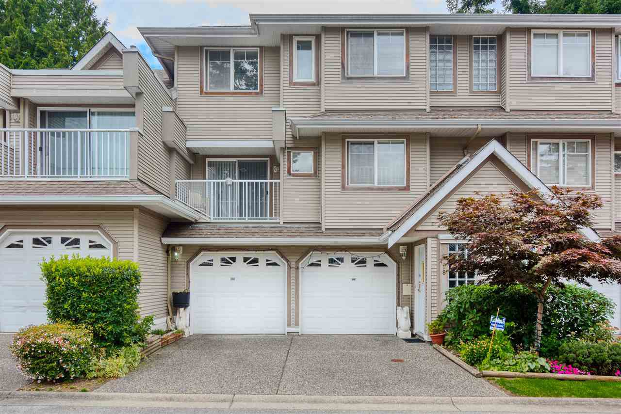 """Main Photo: 18 8289 121A Street in Surrey: Queen Mary Park Surrey Townhouse for sale in """"KENNEDY  WOODS"""" : MLS®# R2396850"""