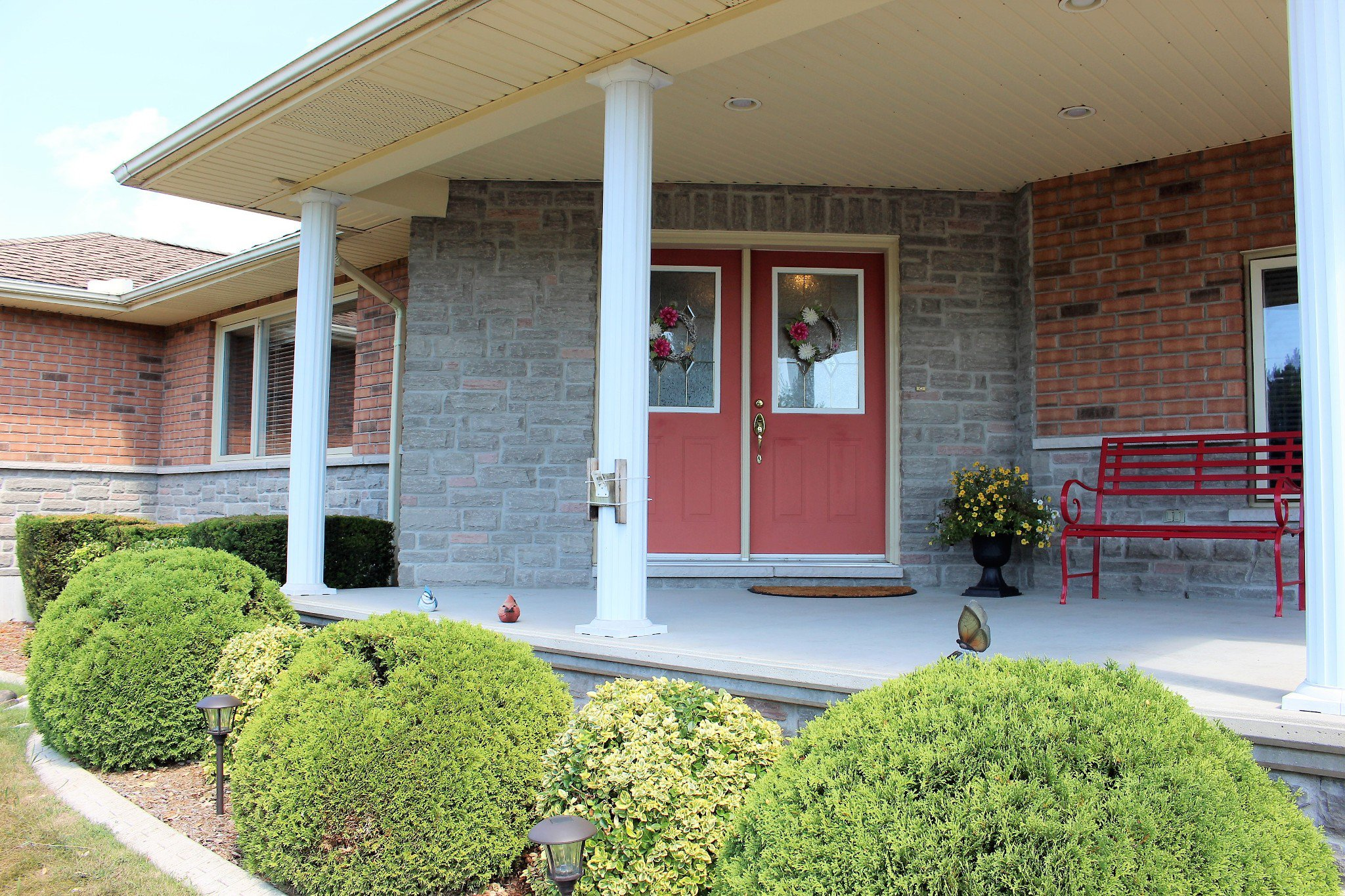 Photo 2: Photos: 159 Nawautin Drive in Grafton: Residential Detached for sale : MLS®# 40012652
