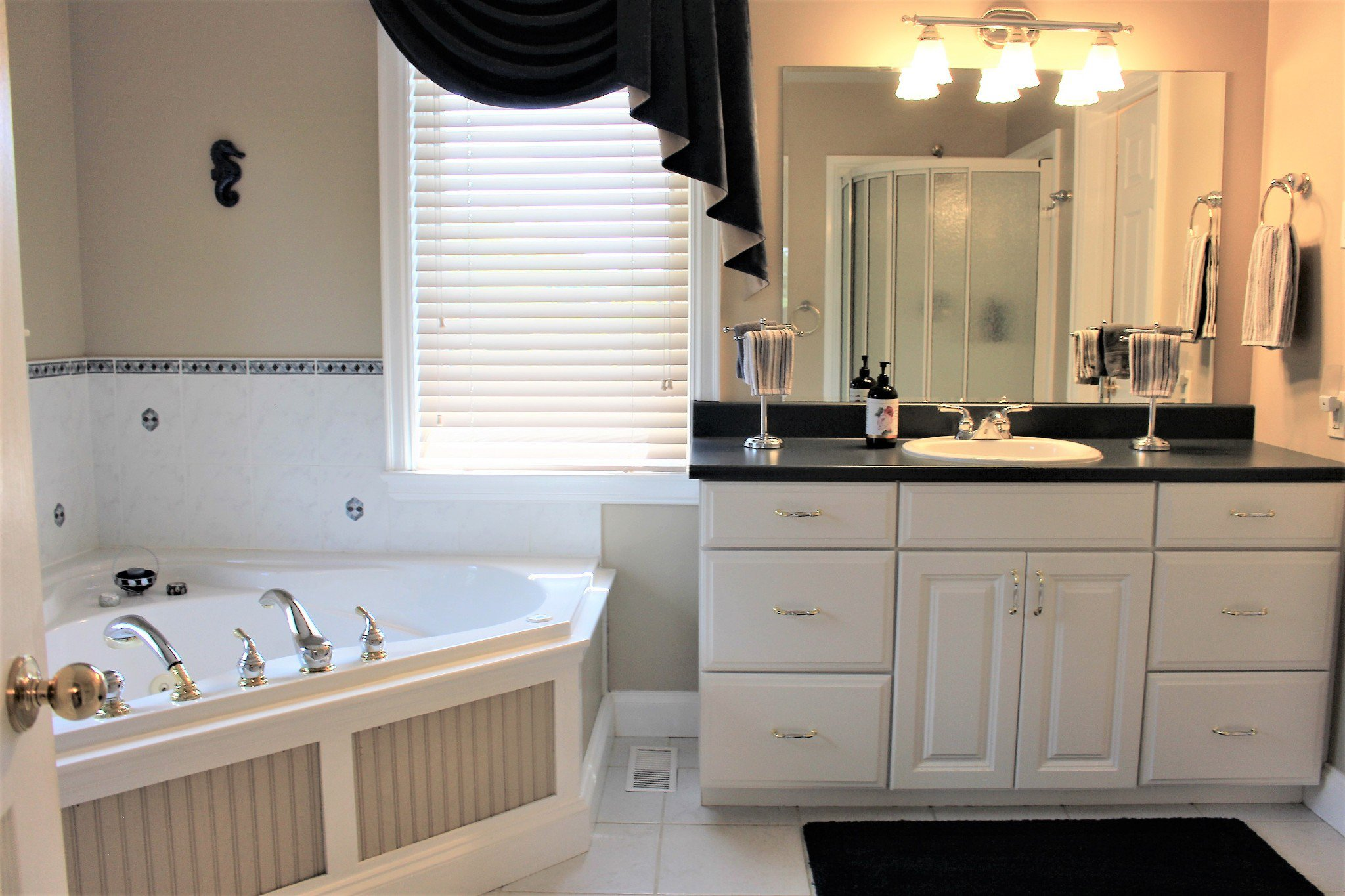 Photo 24: Photos: 159 Nawautin Drive in Grafton: Residential Detached for sale : MLS®# 40012652