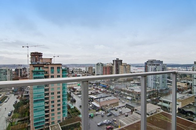 Photo 3: Photos: 1408-135 E. 17th St in North Vancouver: Central Lonsdale Condo for rent