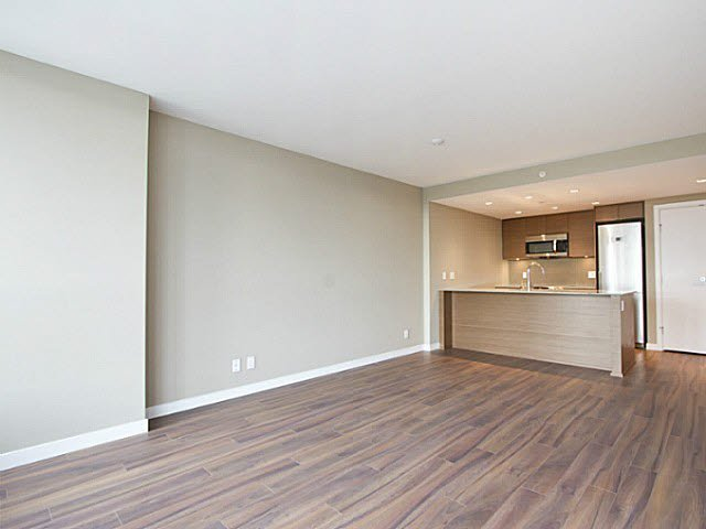 Photo 16: Photos: 1408-135 E. 17th St in North Vancouver: Central Lonsdale Condo for rent