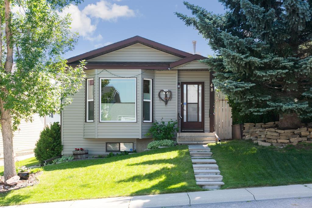 Main Photo: 48 MacEwan Park Road NW in Calgary: MacEwan Glen Detached for sale : MLS®# A1018639