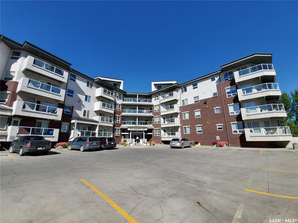 Main Photo: 309 106 Armistice Way in Saskatoon: Nutana S.C. Residential for sale : MLS®# SK826612
