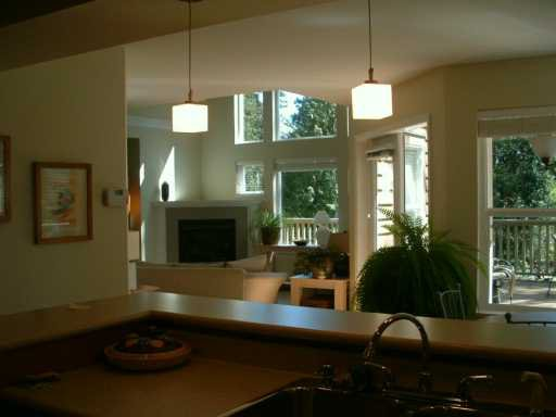 """Photo 5: Photos: 1107 GRANDVIEW RD in Gibsons: Gibsons & Area House for sale in """"GIBSONS"""" (Sunshine Coast)  : MLS®# V586596"""
