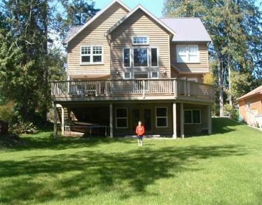 """Photo 1: Photos: 1107 GRANDVIEW RD in Gibsons: Gibsons & Area House for sale in """"GIBSONS"""" (Sunshine Coast)  : MLS®# V586596"""