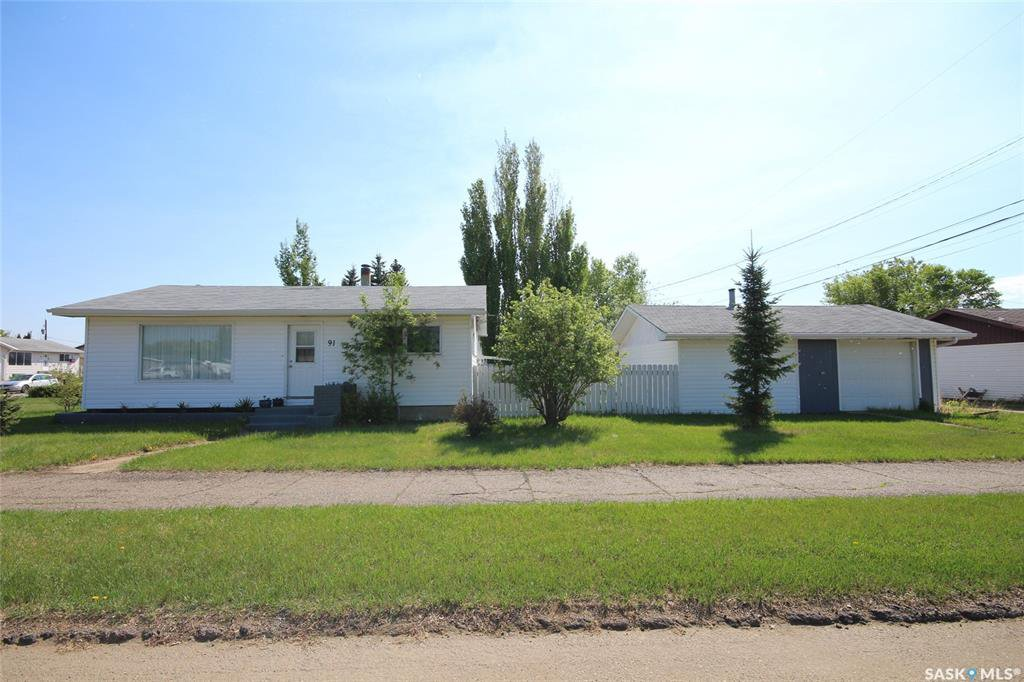 Main Photo: 91 20th Street West in Battleford: Residential for sale : MLS®# SK805257