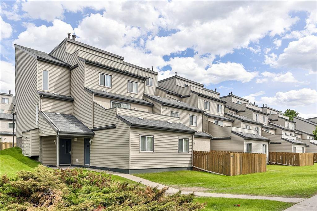 Main Photo: 1004 1540 29 Street NW in Calgary: St Andrews Heights Apartment for sale : MLS®# C4301323