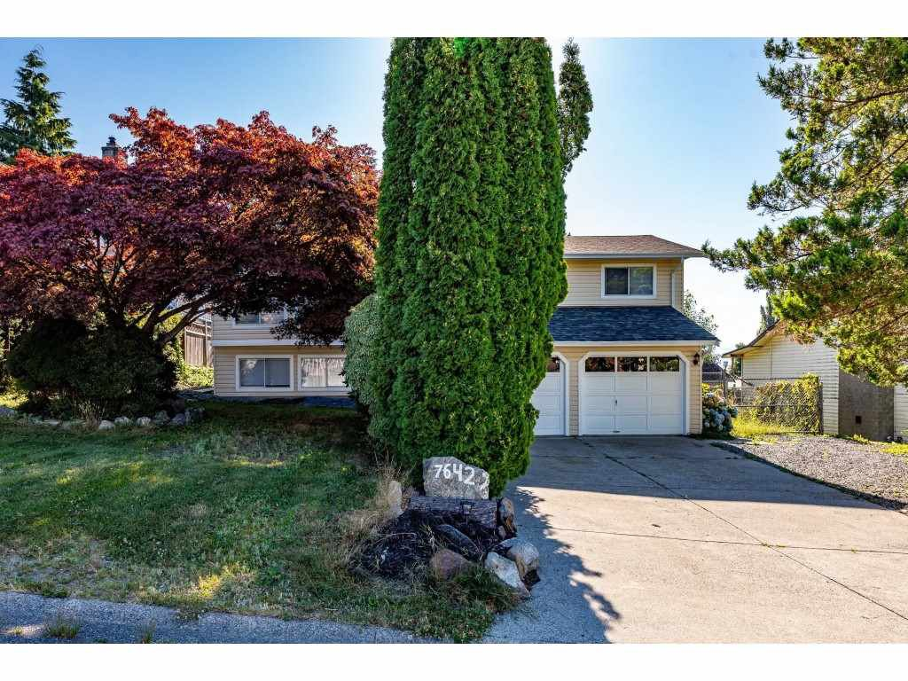 Main Photo: 7642 EIDER Street in Mission: Mission BC House for sale : MLS®# R2479886