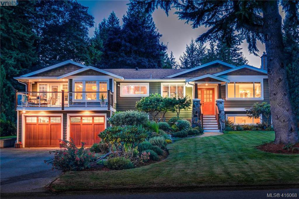 Main Photo: 4890 Sea Ridge Drive in VICTORIA: SE Cordova Bay Single Family Detached for sale (Saanich East)  : MLS®# 416068