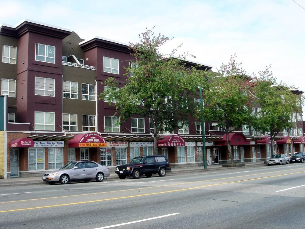 Main Photo: 768 KINGSWAY Street in Vancouver: Fraser VE Office for sale (Vancouver East)  : MLS®# C8027123