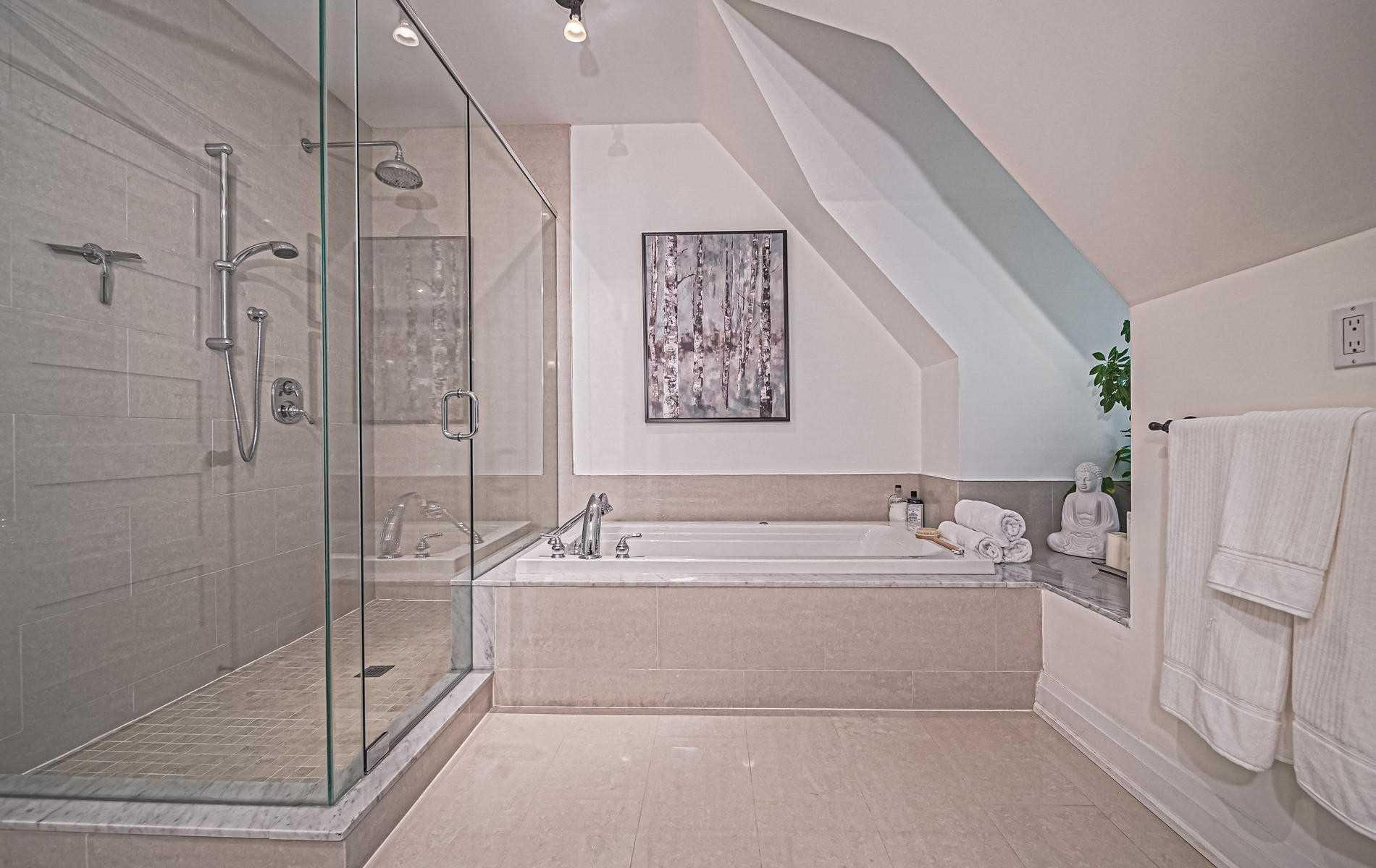 Photo 14: Photos: 216A Hamilton Street in Toronto: South Riverdale House (3-Storey) for sale (Toronto E01)  : MLS®# E4619870