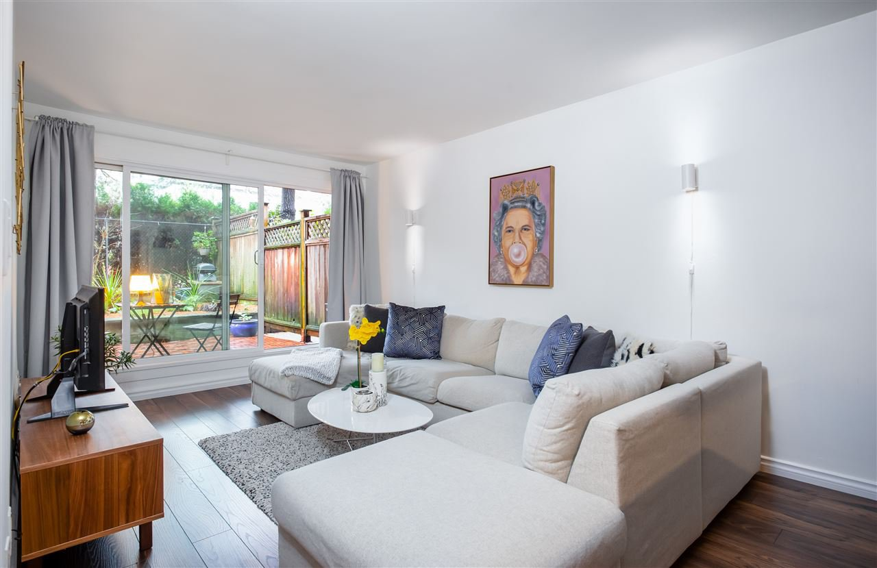 """Main Photo: 106 240 MAHON Avenue in North Vancouver: Lower Lonsdale Condo for sale in """"SEADALE PLACE"""" : MLS®# R2427170"""