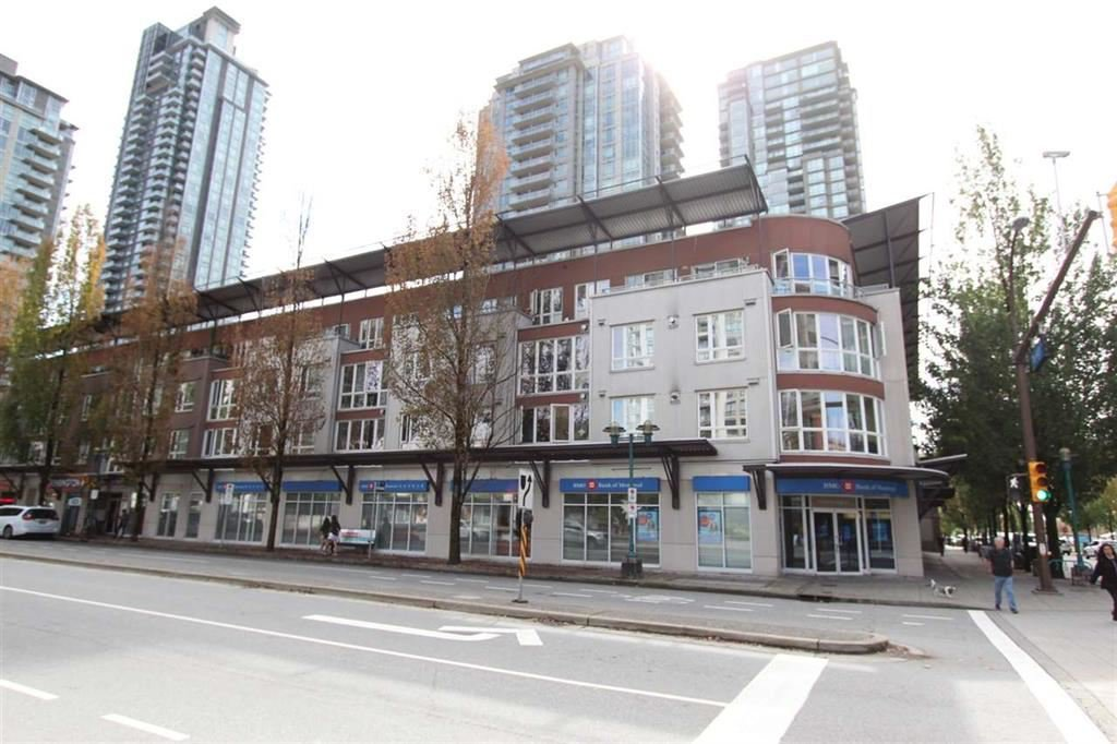 """Main Photo: 306 1163 THE HIGH Street in Coquitlam: North Coquitlam Condo for sale in """"KENSINGTON COURT"""" : MLS®# R2470572"""