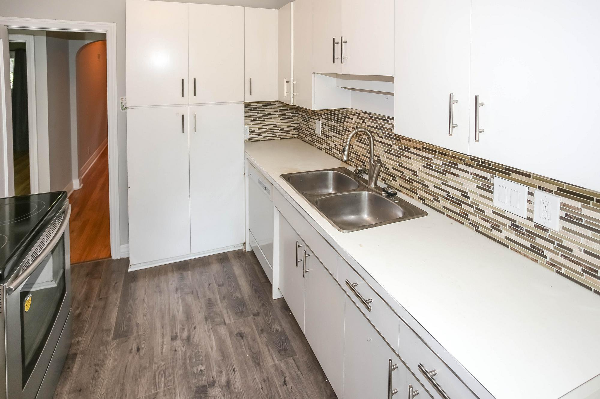 Photo 11: Photos: 155 Borebank Street in Winnipeg: River Heights Single Family Detached for sale (1C)  : MLS®# 202017166