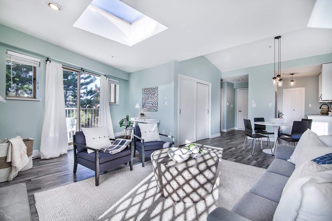 "Main Photo: 421 1820 W 3RD Avenue in Vancouver: Kitsilano Condo for sale in ""THE MONTEREY"" (Vancouver West)  : MLS®# R2517590"