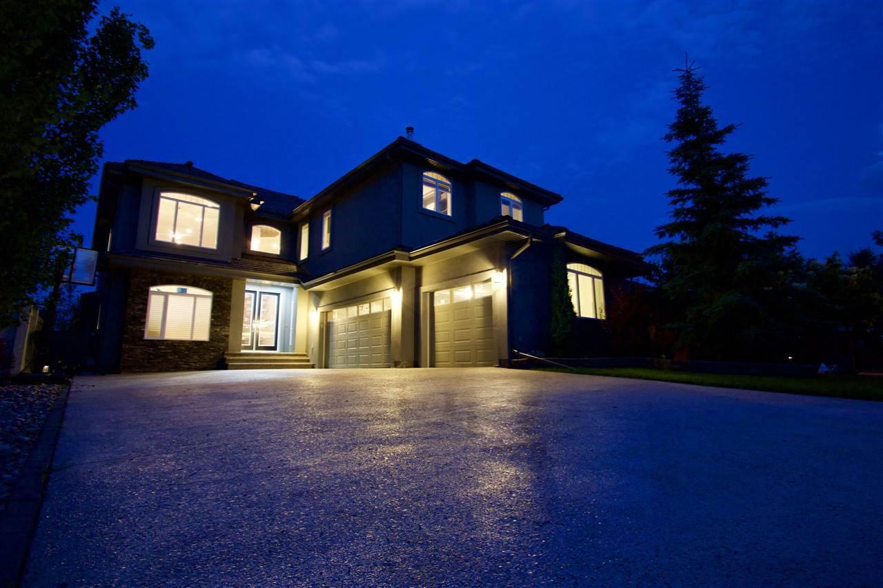 Main Photo: 331 CALDWELL Close in Edmonton: Zone 20 House for sale : MLS®# E4169046