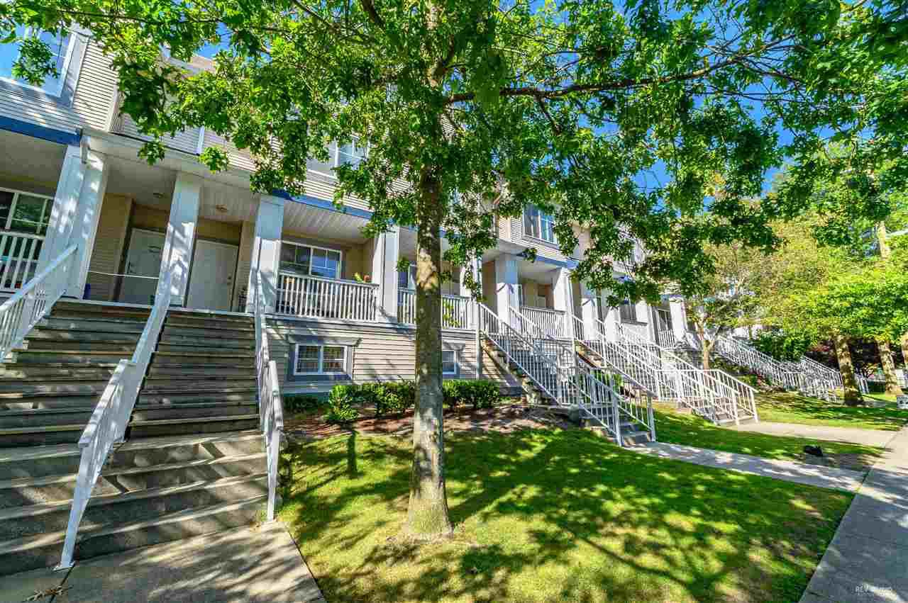 Main Photo: 7 6833 LIVINGSTONE Place in Richmond: Granville Townhouse for sale : MLS®# R2397240