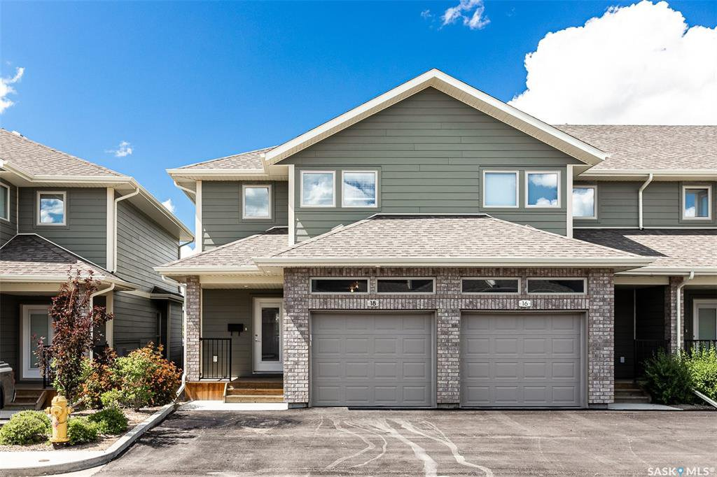 Main Photo: 18 1550 Paton Crescent in Saskatoon: Willowgrove Residential for sale : MLS®# SK815273