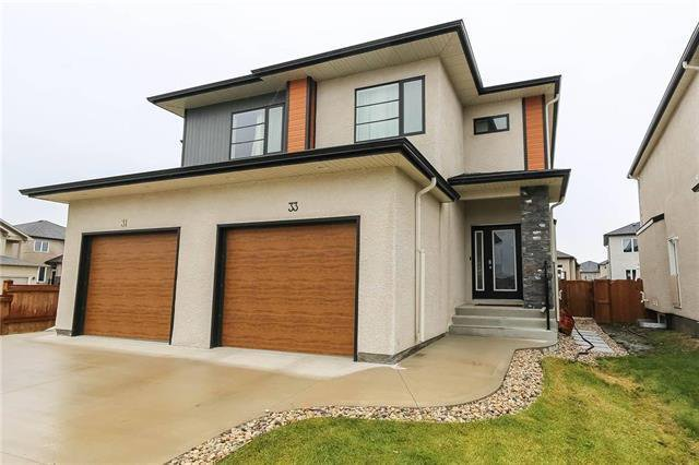 Main Photo: 33 Lark Ridge Way in Winnipeg: Waverley West Residential for sale (1R)  : MLS®# 202000625