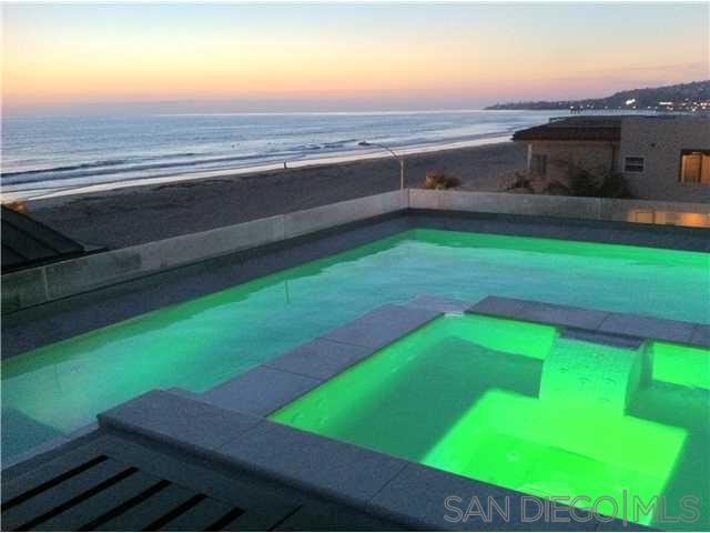 Main Photo: MISSION BEACH House for rent : 3 bedrooms : 708 San Jose Pl in San Diego