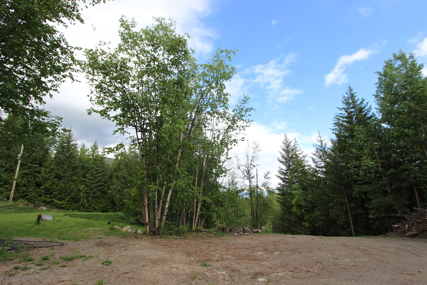 Photo 8: Photos: 6831 Magna Bay Drive in Magna Bay: House with Acreage for sale : MLS®# 10205520