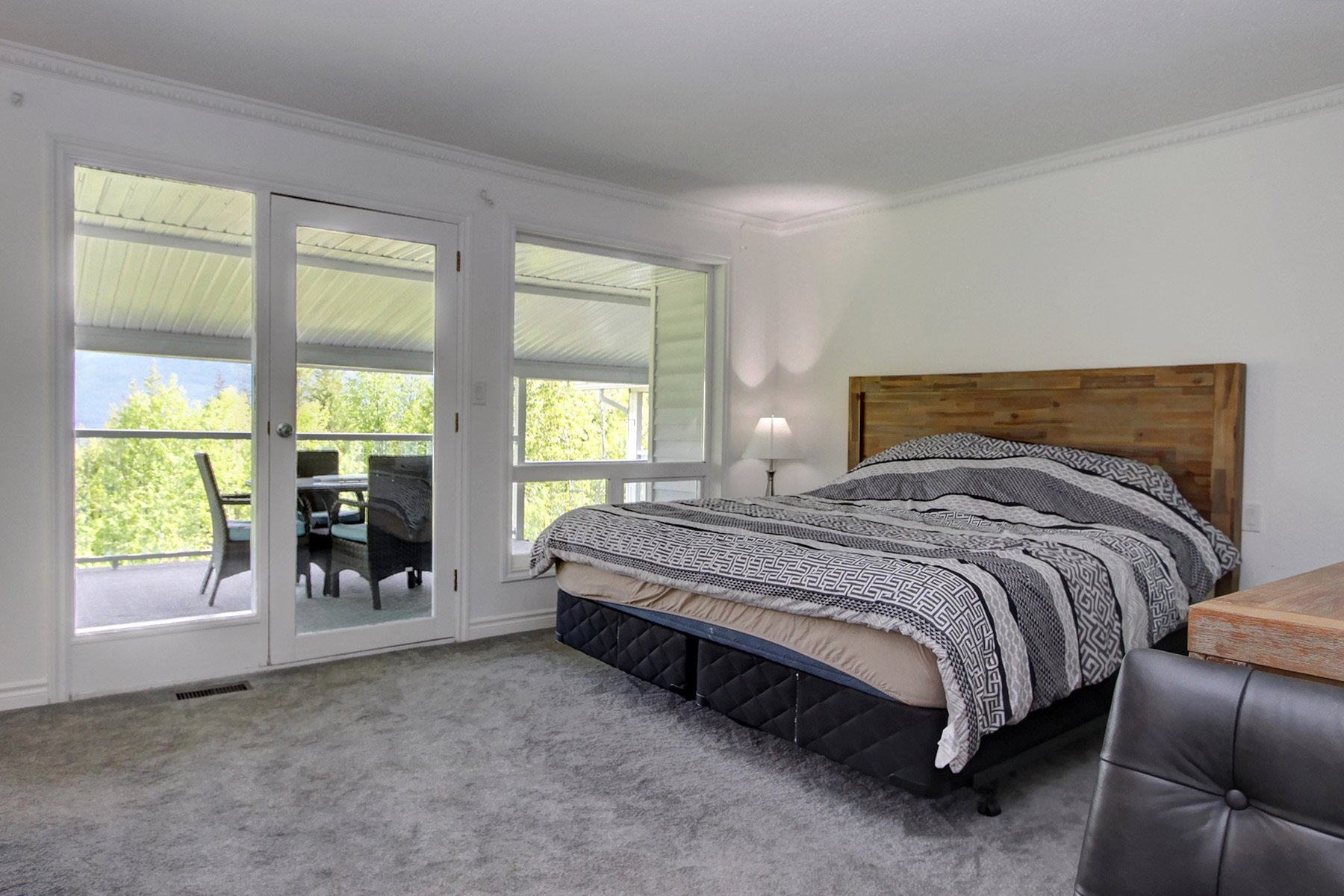 Photo 25: Photos: 6831 Magna Bay Drive in Magna Bay: House with Acreage for sale : MLS®# 10205520