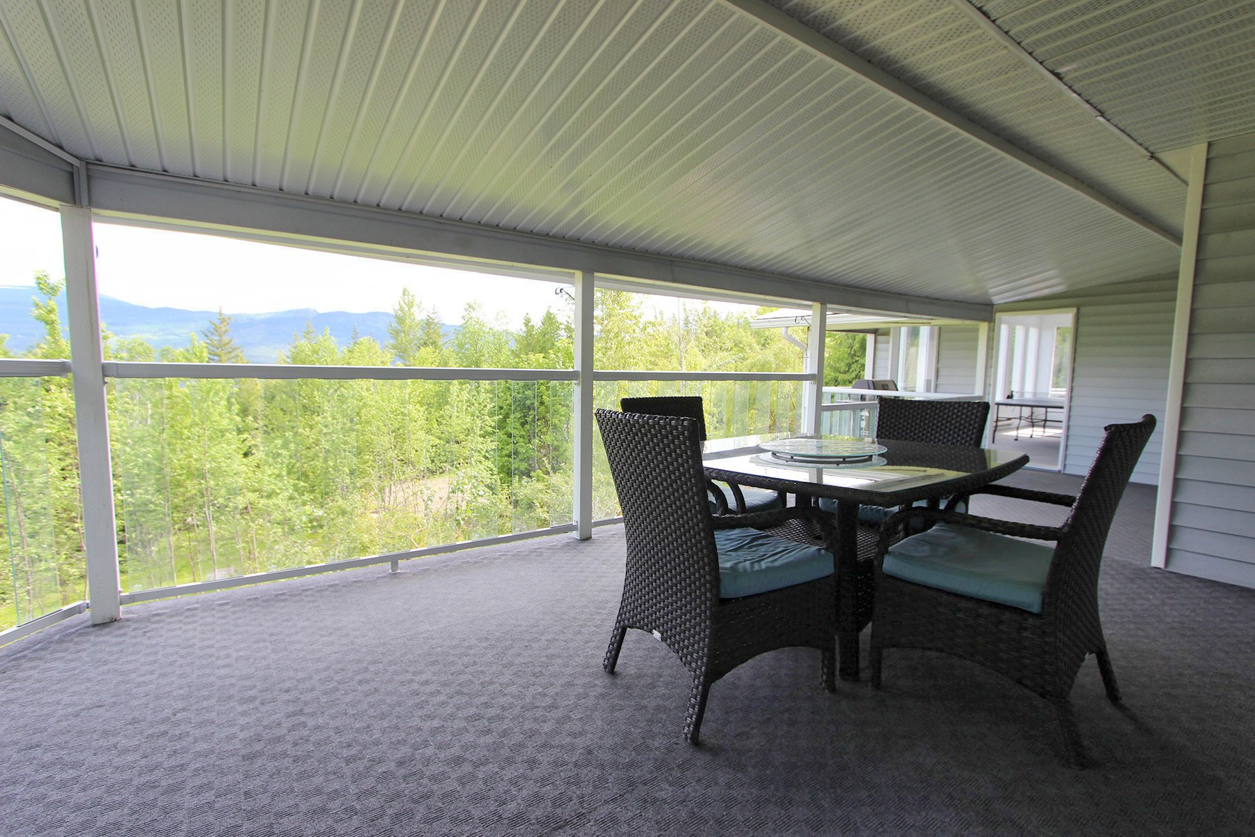 Photo 31: Photos: 6831 Magna Bay Drive in Magna Bay: House with Acreage for sale : MLS®# 10205520