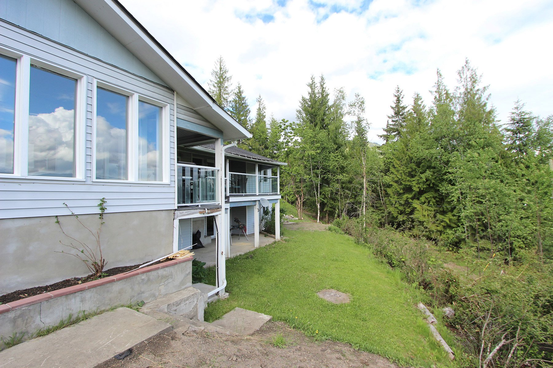 Photo 15: Photos: 6831 Magna Bay Drive in Magna Bay: House with Acreage for sale : MLS®# 10205520