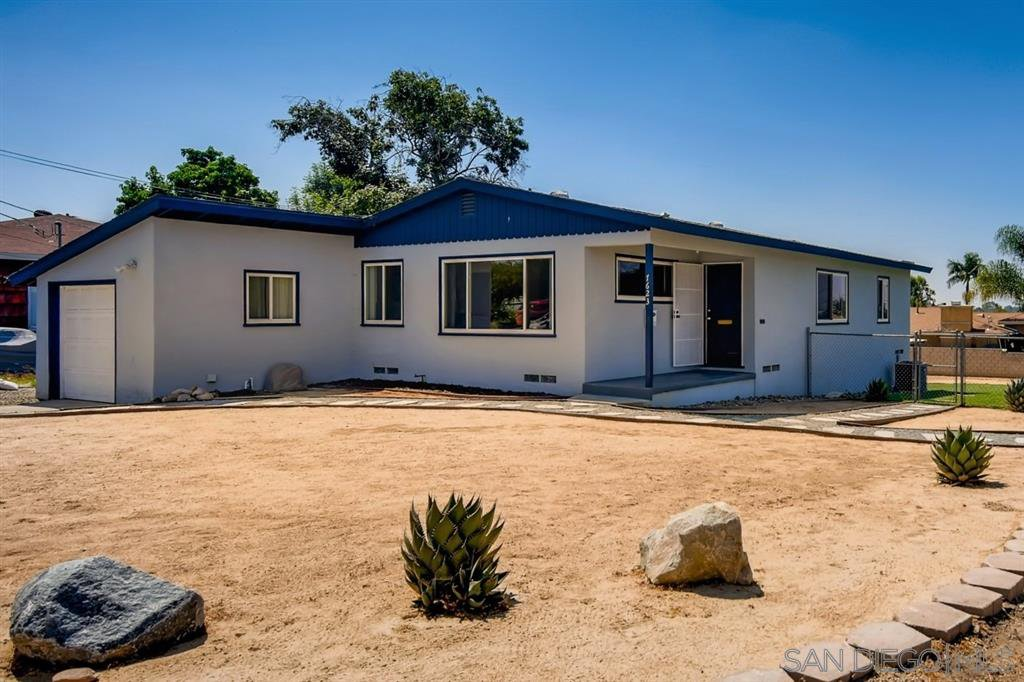 Main Photo: LEMON GROVE House for sale : 3 bedrooms : 7623 Lansing Dr