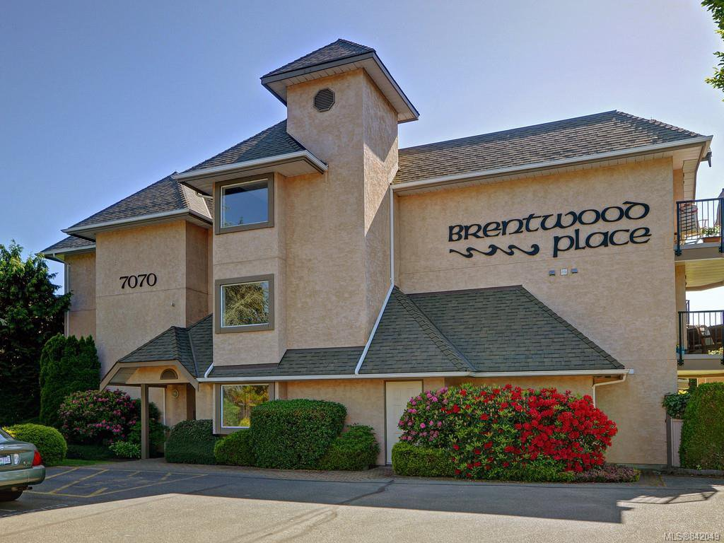 Main Photo: 305 7070 West Saanich Rd in Central Saanich: CS Brentwood Bay Condo for sale : MLS®# 842049