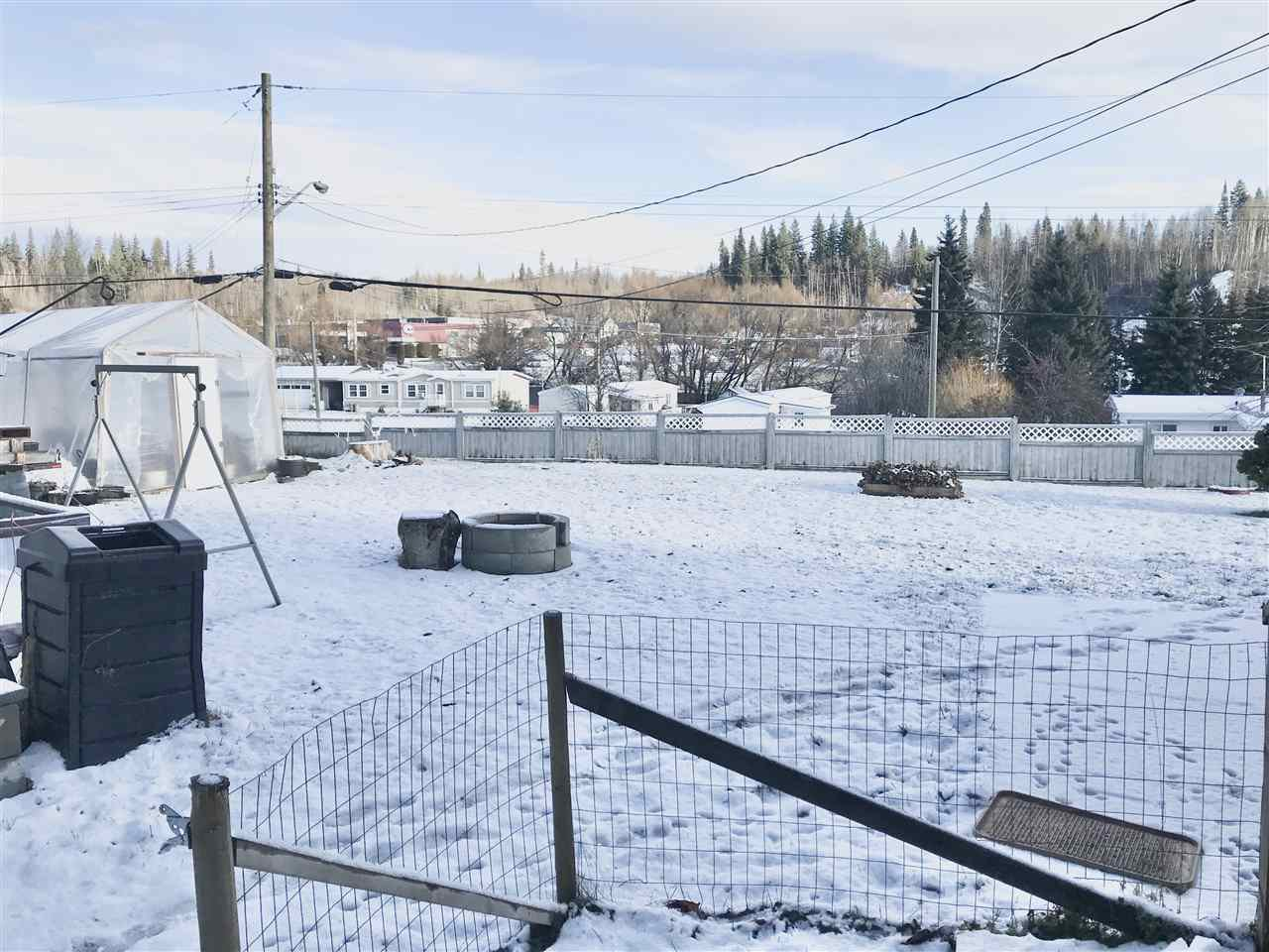 Photo 15: Photos: 4881 RANDLE Road in Prince George: Hart Highway Manufactured Home for sale (PG City North (Zone 73))  : MLS®# R2422011