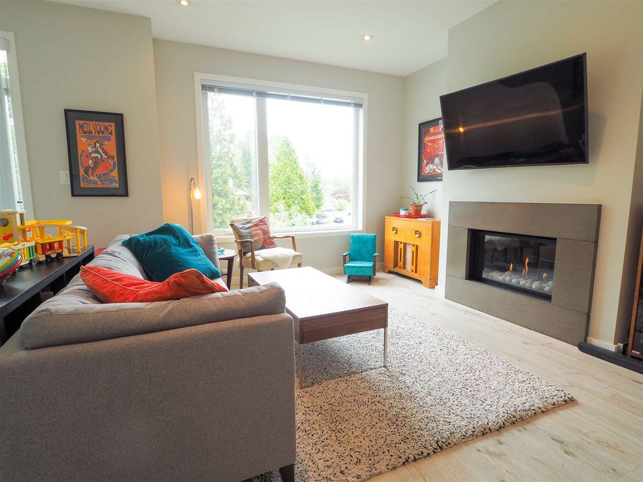 """Main Photo: 9 41488 BRENNAN Road in Squamish: Brackendale House 1/2 Duplex for sale in """"RIVENDALE"""" : MLS®# R2457979"""