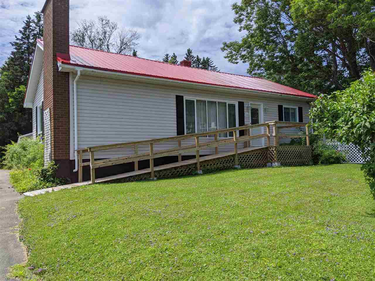 Main Photo: 1979 Acadia Avenue in Westville: 107-Trenton,Westville,Pictou Residential for sale (Northern Region)  : MLS®# 202013784