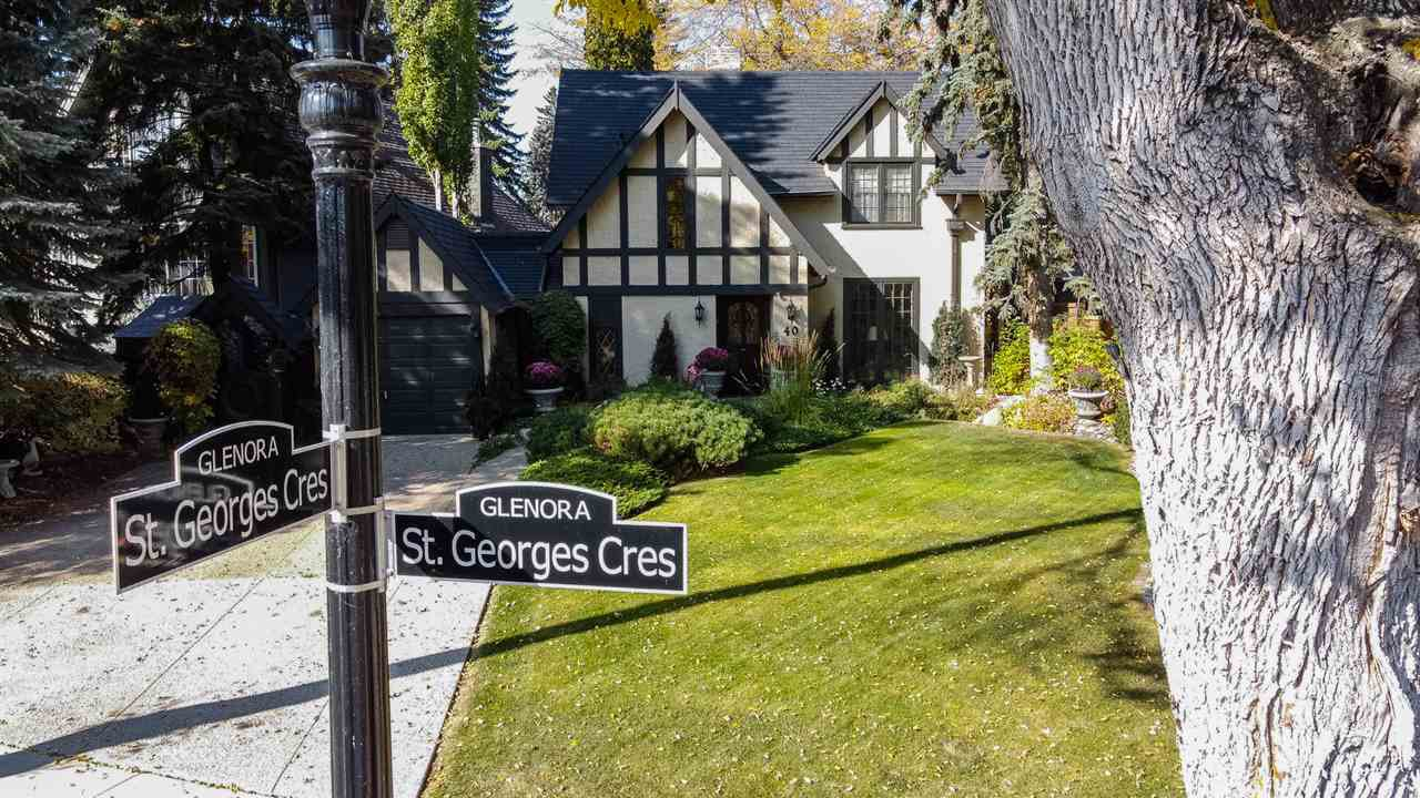 Main Photo: 40 ST GEORGE'S Crescent in Edmonton: Zone 11 House for sale : MLS®# E4217939