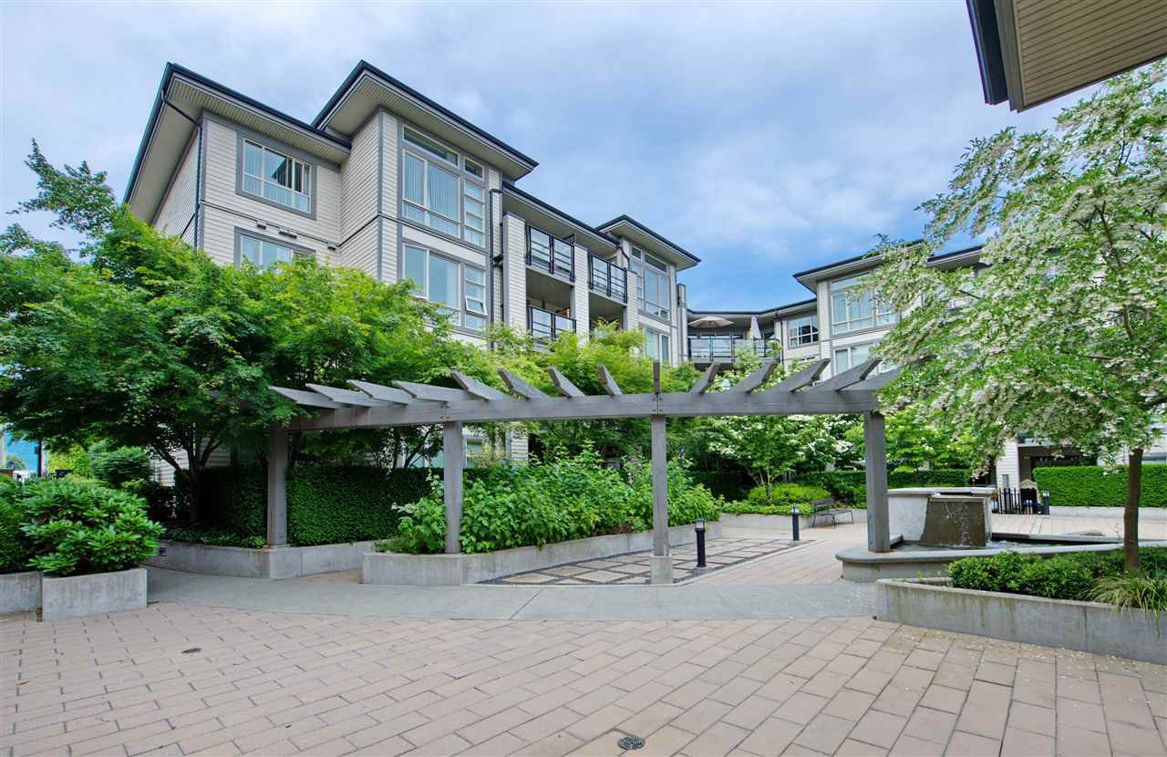 Main Photo: 417 738 E 29TH AVENUE in Vancouver: Fraser VE Condo for sale (Vancouver East)  : MLS®# R2462808