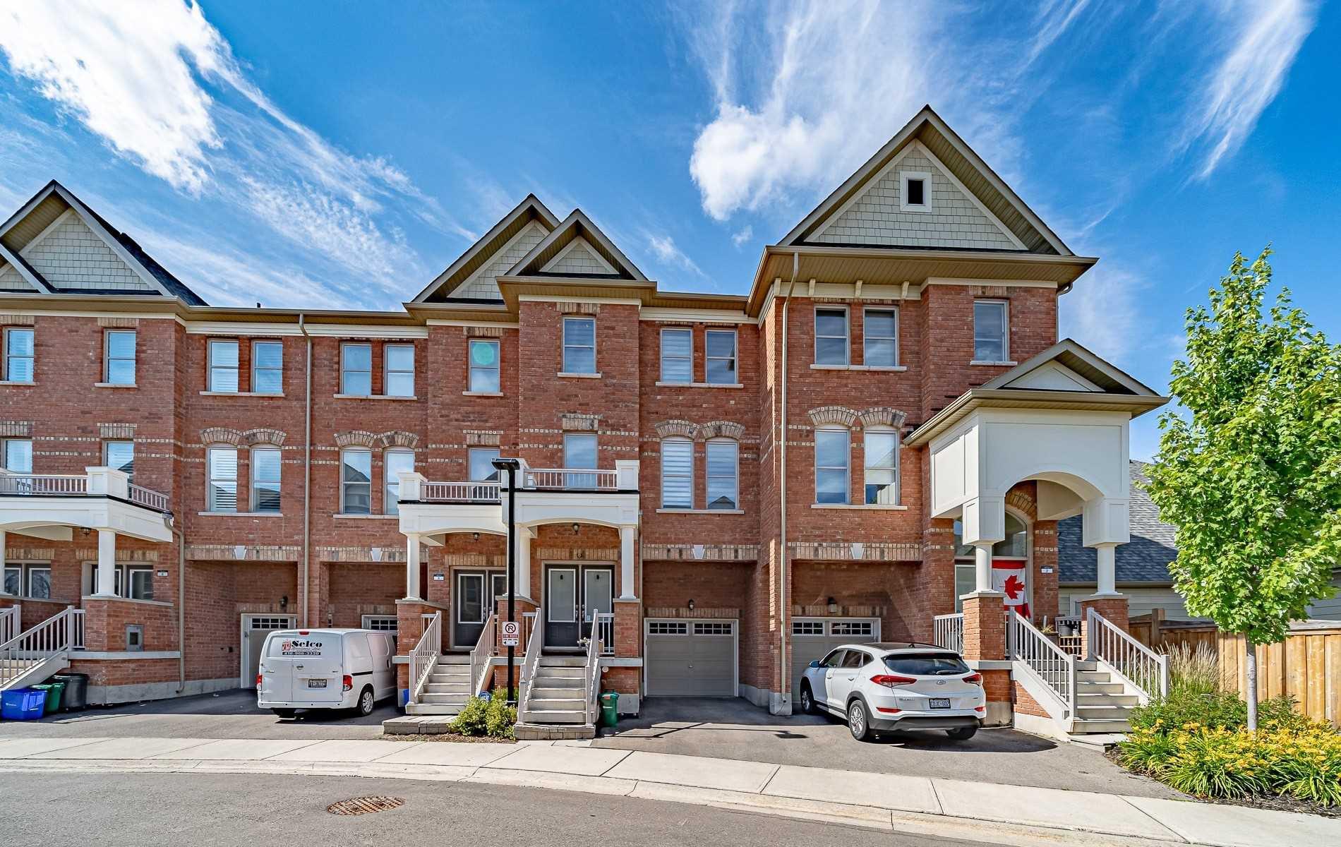 Main Photo: 4 City Park Circle in Vaughan: West Woodbridge House (3-Storey) for sale : MLS®# N4818940