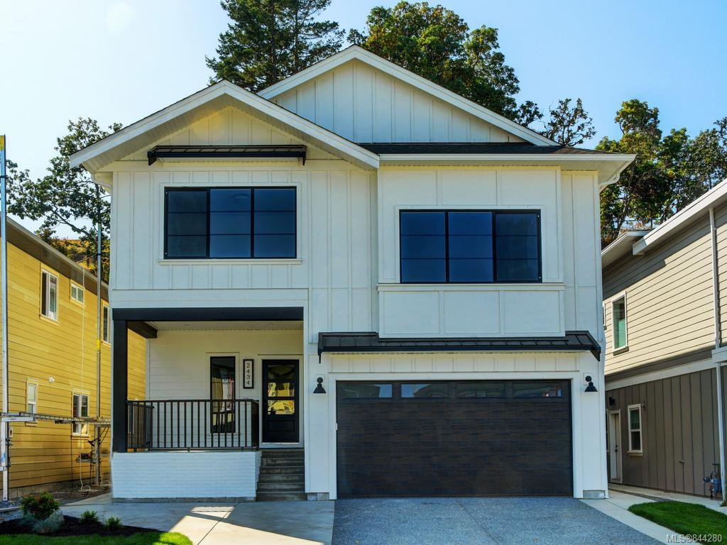 Main Photo: 2434 Azurite Cres in Langford: La Bear Mountain House for sale : MLS®# 844280