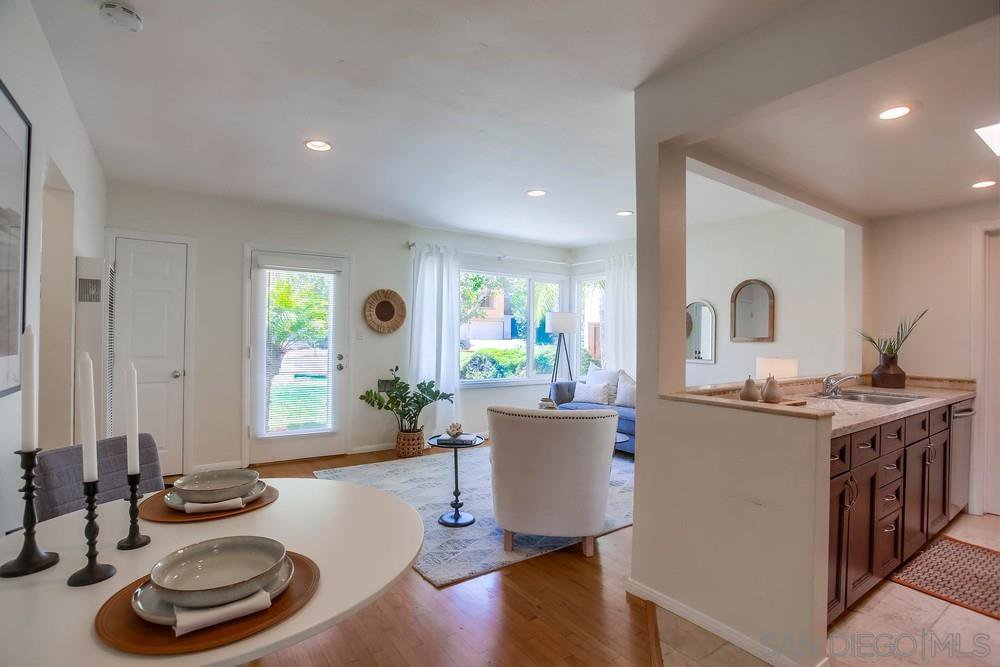 Main Photo: PACIFIC BEACH House for sale : 3 bedrooms : 1649 Chalcedony St in San Diego