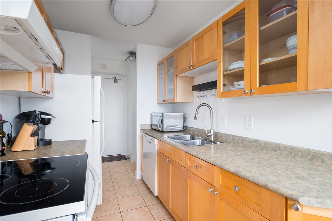 Photo 10: Photos: 1104 320 ROYAL Avenue in New Westminster: Downtown NW Condo for sale : MLS®# R2485429