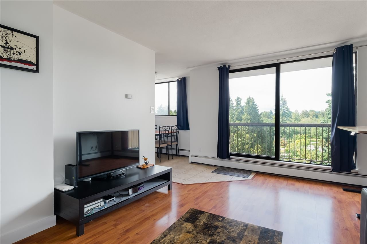 Photo 4: Photos: 1104 320 ROYAL Avenue in New Westminster: Downtown NW Condo for sale : MLS®# R2485429