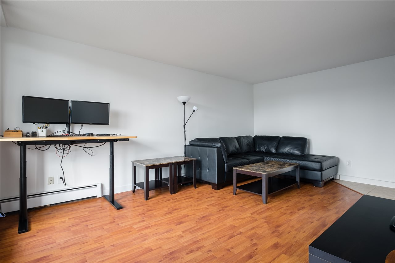 Photo 3: Photos: 1104 320 ROYAL Avenue in New Westminster: Downtown NW Condo for sale : MLS®# R2485429