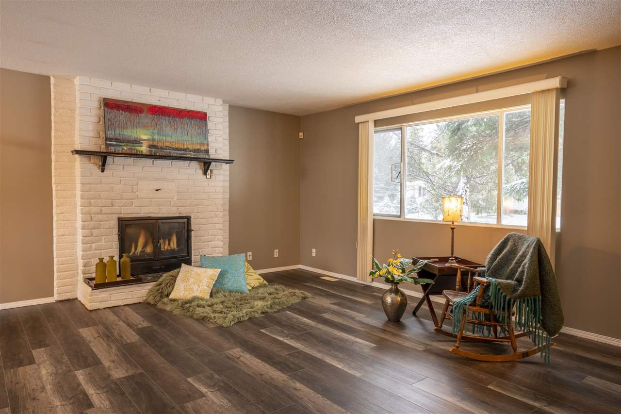 """Photo 5: Photos: 7827 QUEENS Crescent in Prince George: Lower College House for sale in """"LOWER COLLEGE HEIGHTS"""" (PG City South (Zone 74))  : MLS®# R2422885"""