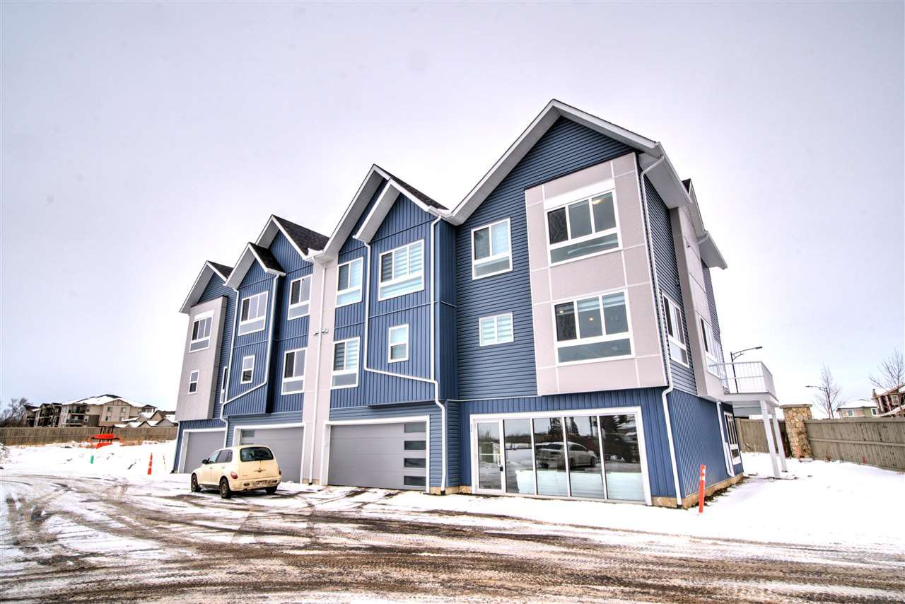 Main Photo: #26 979 Crystallina Nera Way in Edmonton: Zone 28 Townhouse for sale : MLS®# E4213895